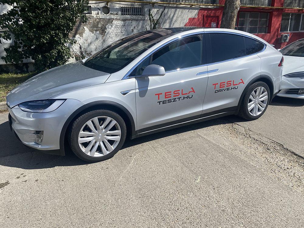 tesla 01 - Tesla élményvezetés